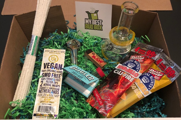 c9f706308cc 8 Best Weed Subscription Boxes for Cannabis Enthusiasts   Cratejoy