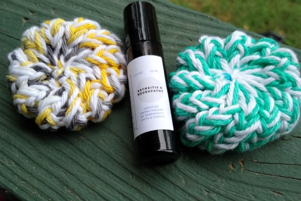 SerenKnity Knits and Scents Photo 1