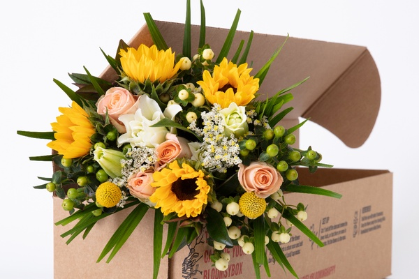 BloomsyBox Photo 1