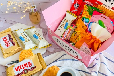 Korean Snack Box Photo 3