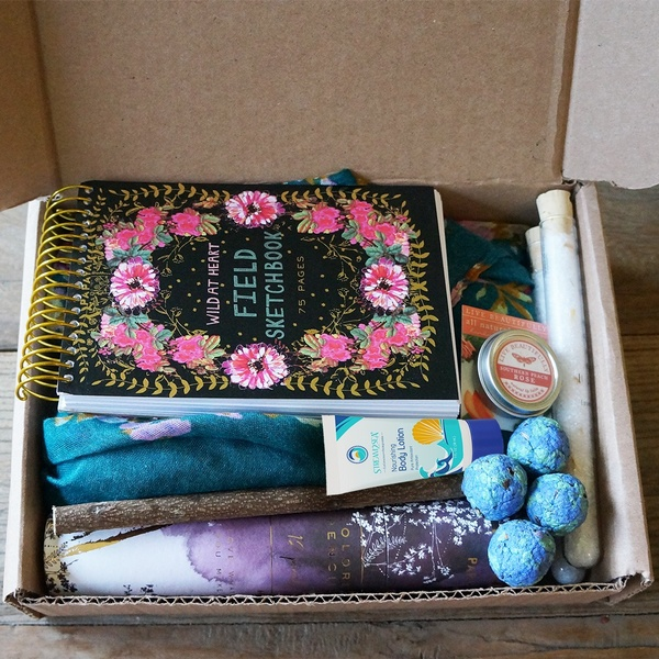 Fair Welcome / Limited Edition Summer Box