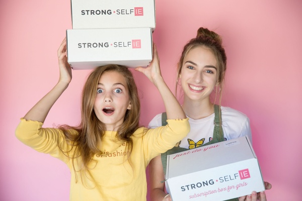 STRONG self(ie) Boxes for Girls Photo 1