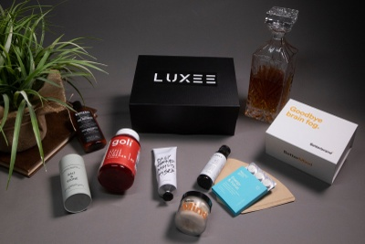 LUXEE Wellness + Grooming Box Photo 1