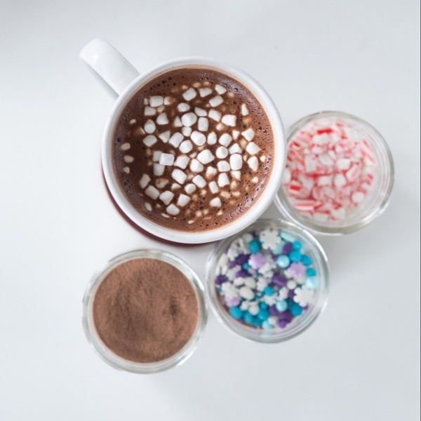 November - Layered Hot Chocolate + Chalk Painted Mason Jars & Mugs
