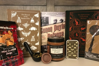 Quarterly/Seasonal Literary Book Box Photo 3