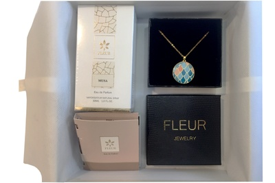Fleur Luxury Box Photo 1