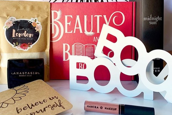 Beauty And A Book Box Photo 1