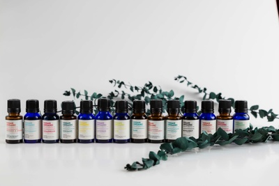 Vegan Organic Essential Oil Photo 3