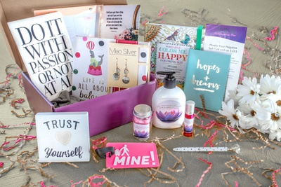 Herb & Apothecary Subscription Boxes   Holistic Boxes   Cratejoy