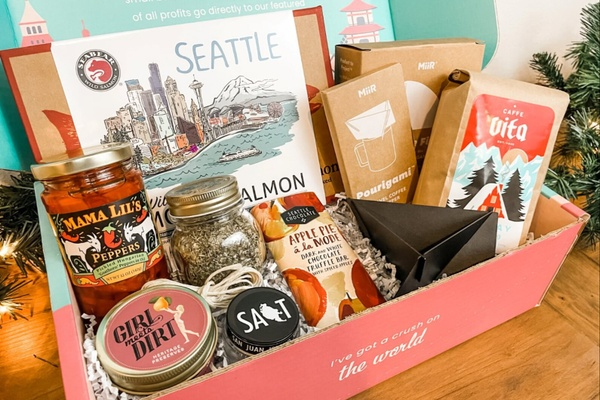 19 Best Travel Subscription Boxes To Satisfy Your Wanderlust In 2021 1