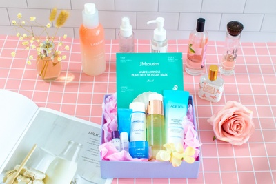 The K-Beauty Box Photo 2