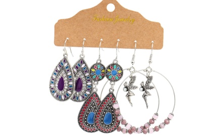 Rustica Earrings Club Photo 3